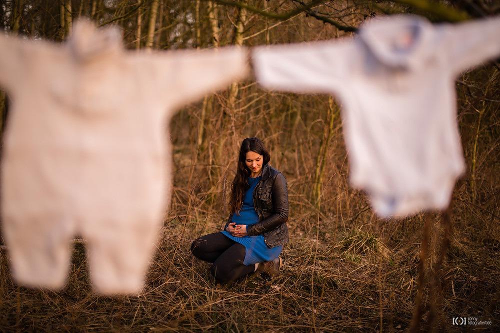 Foto Babybauchfotos im Freien von Ronny Walter