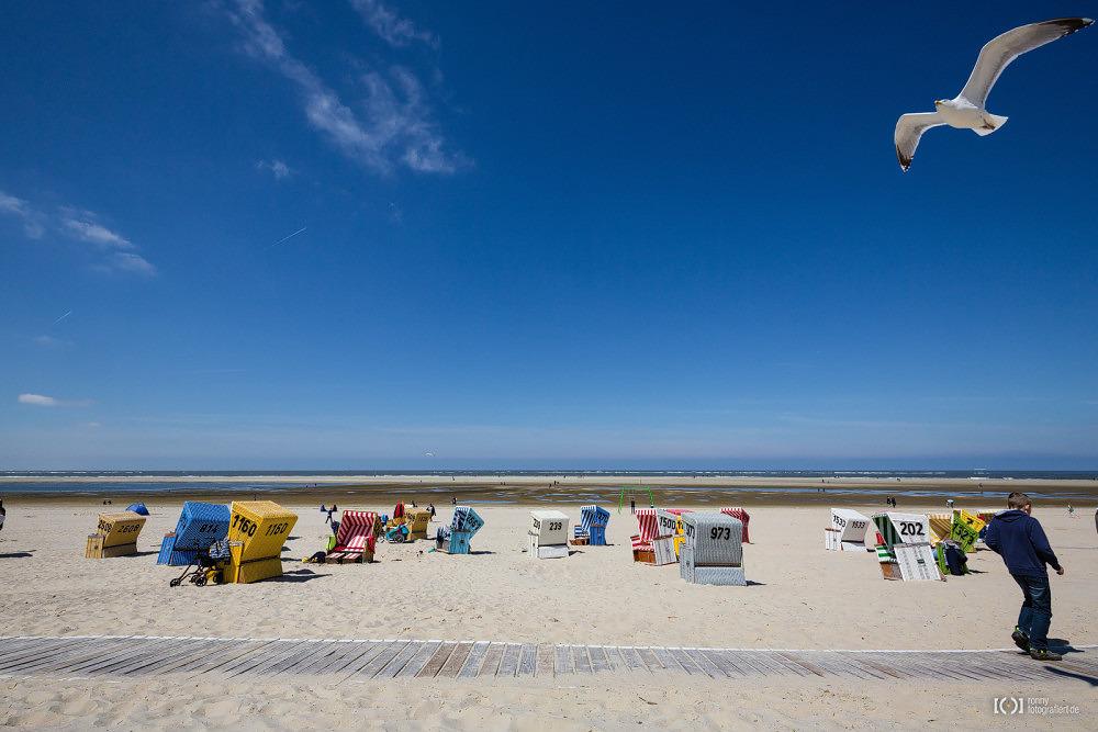 Foto Strandkörbe auf Langeoog von Ronny Walter