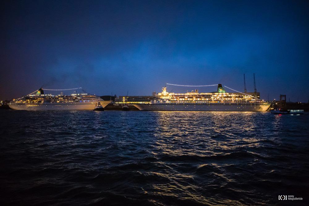 Foto Passagierschiffe bei der Sail 2015 Bremerhaven von Ronny Walter