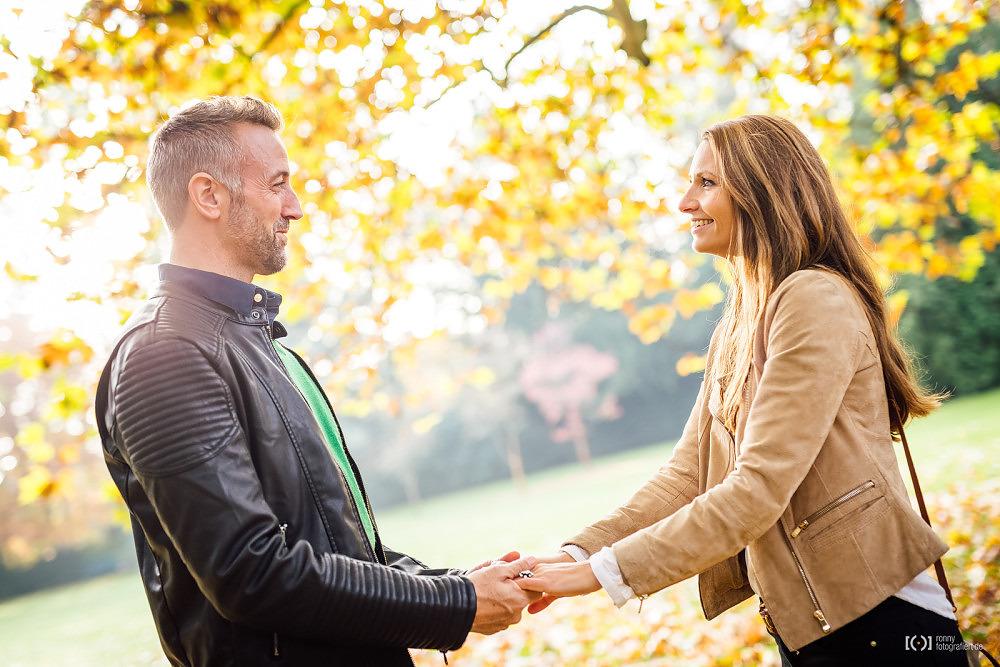 Foto Herbstshooting mit Julia & John von Ronny Walter