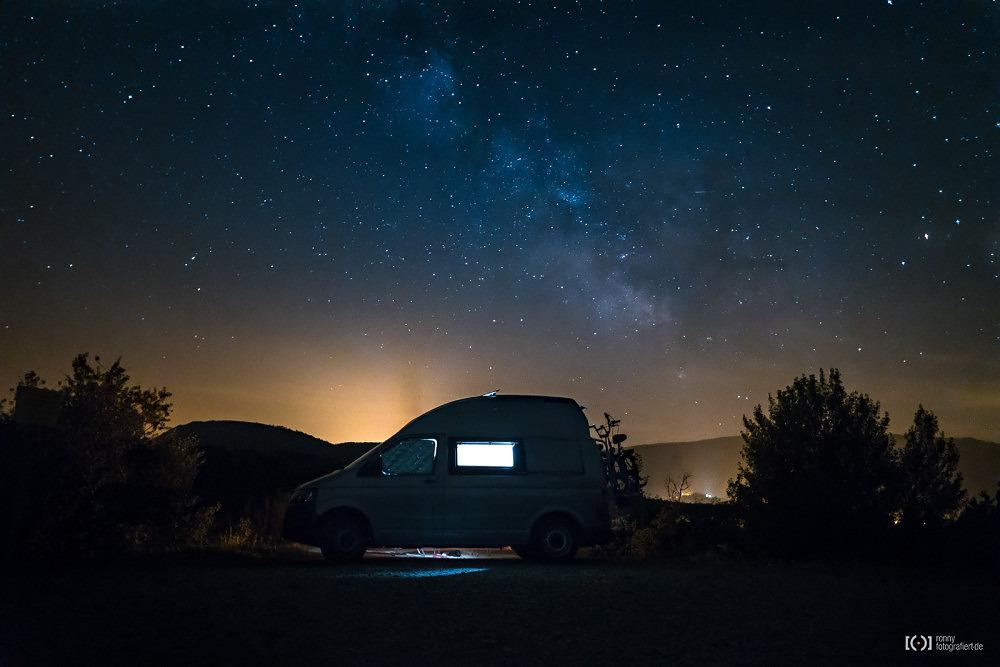 Foto Sternenklare Nacht am Lac du Riou von Ronny Walter