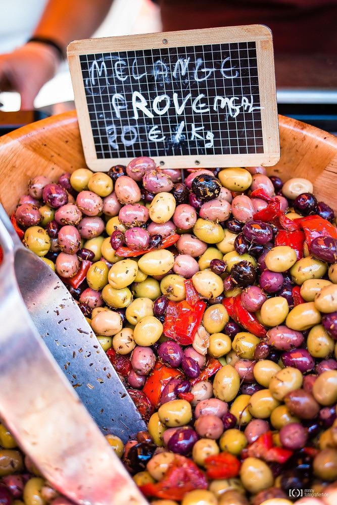 Foto Oliven auf dem Markt in Apt von Ronny Walter