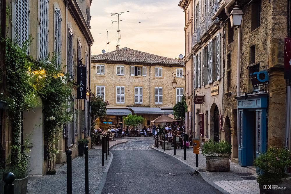 Foto Straßen in Lourmarin von Ronny Walter