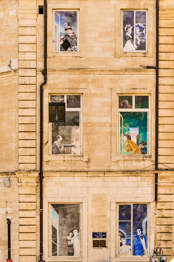 Foto Fensterkunst in Avignon von Bärbel Stork