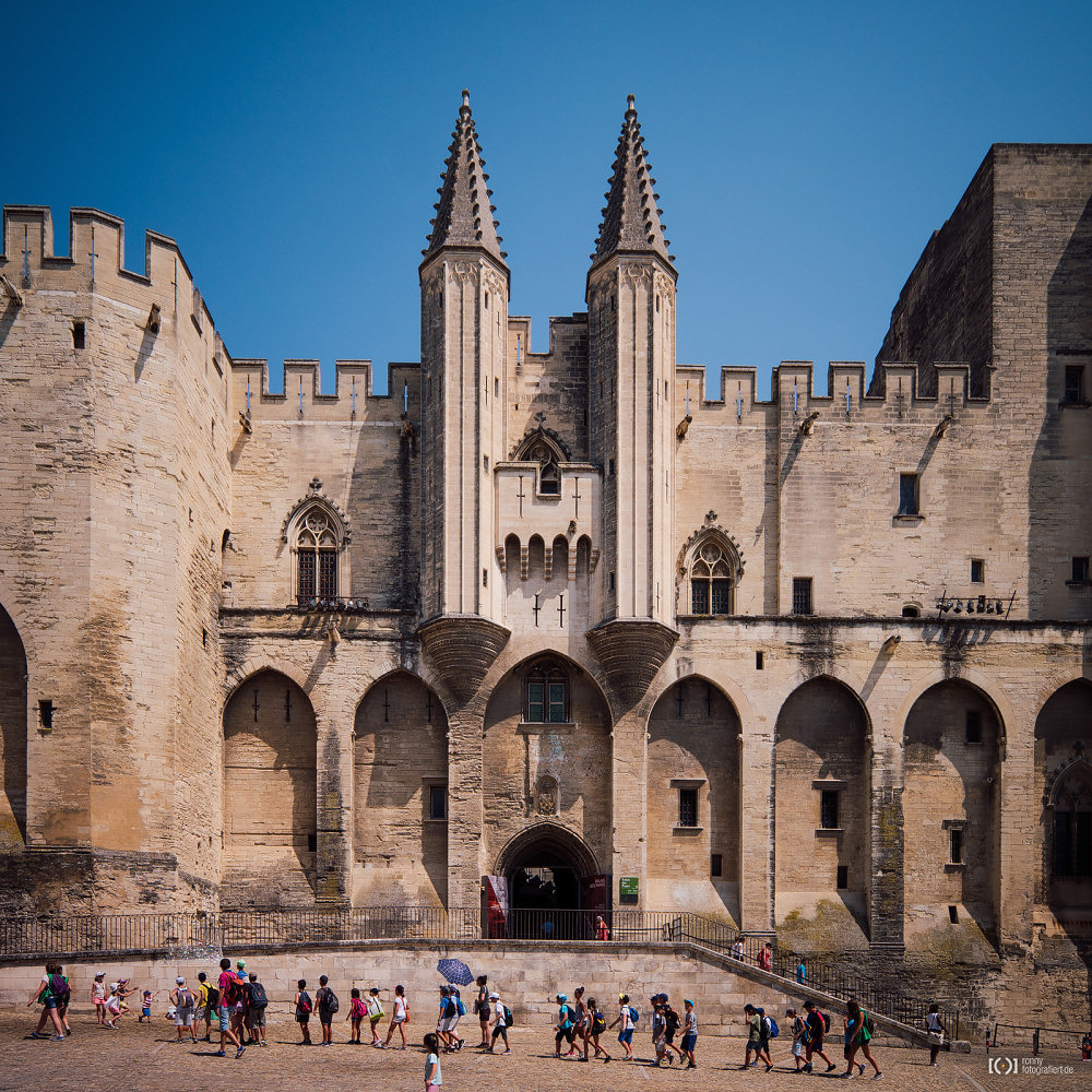 Foto Papstpalast in Avignon von Ronny Walter