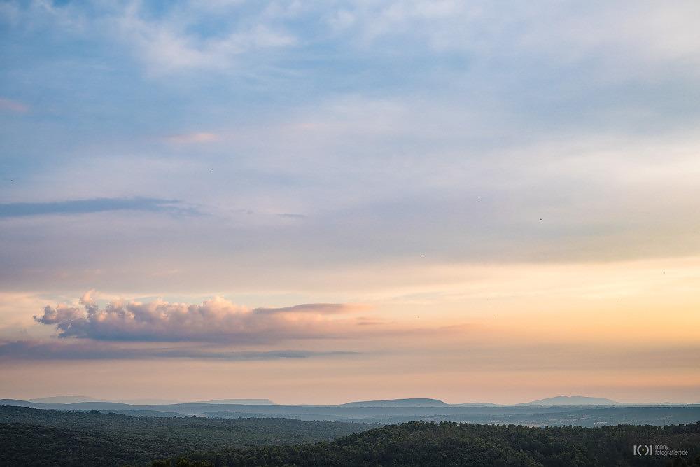 Foto Malerischer Himmel bei Sainte-Croix-du-Verdon von Ronny Walter