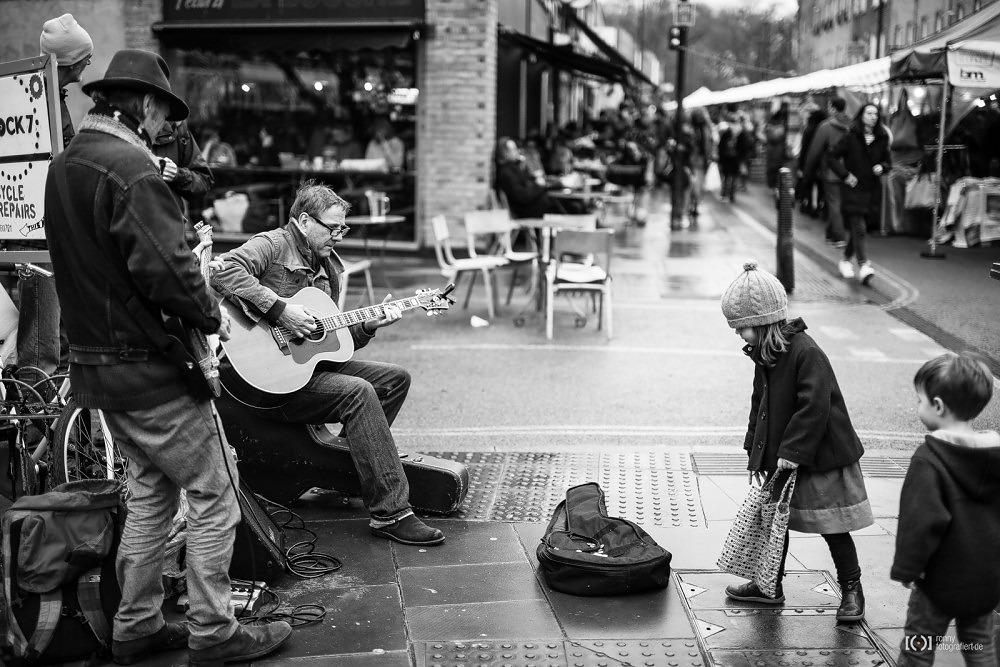 Foto Auf dem Broadway Market in London von Ronny Walter