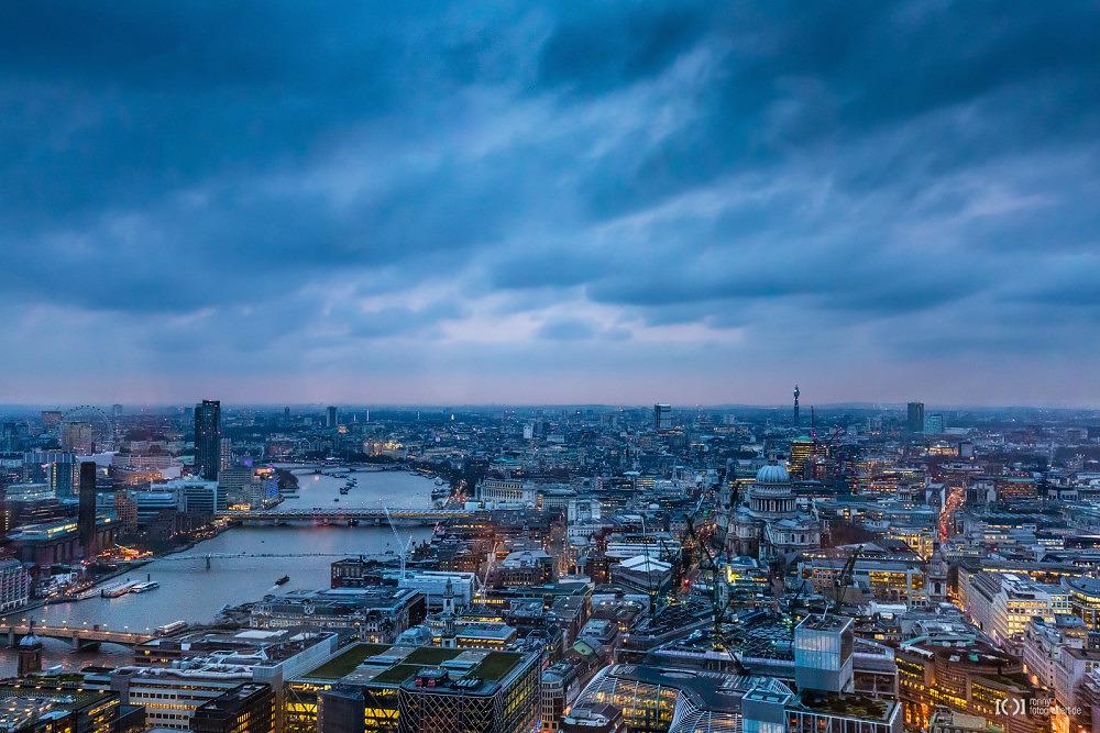 Foto London Panorama vom Sky Garden mit dem London Eye, Millennium Bridge und Saint Paul's Cathedral von Ronny Walter