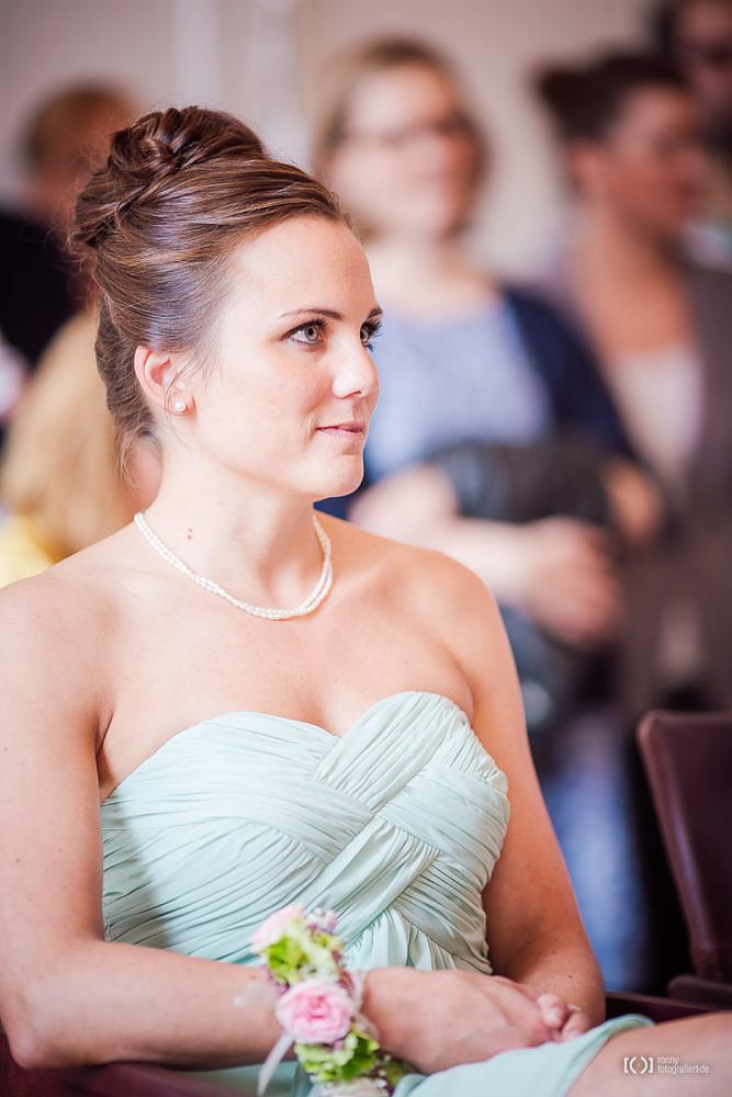 Foto Hochzeitsfotos bei der Trauung im Standesamt Oldenburg von Ronny Walter