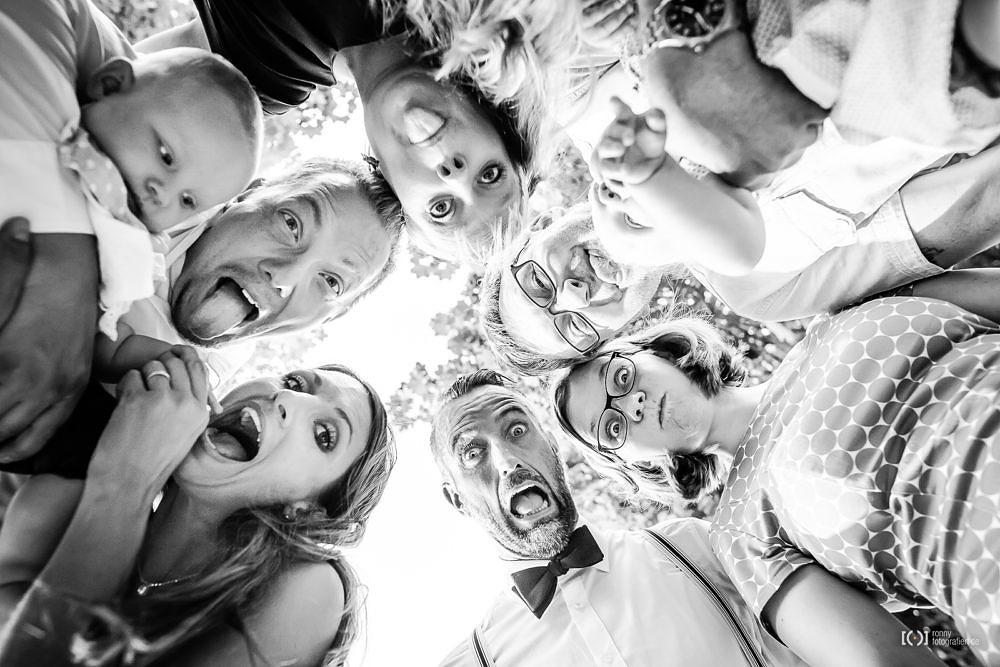 Foto Lustige Gruppenfotos zur Hochzeit von Ronny Walter